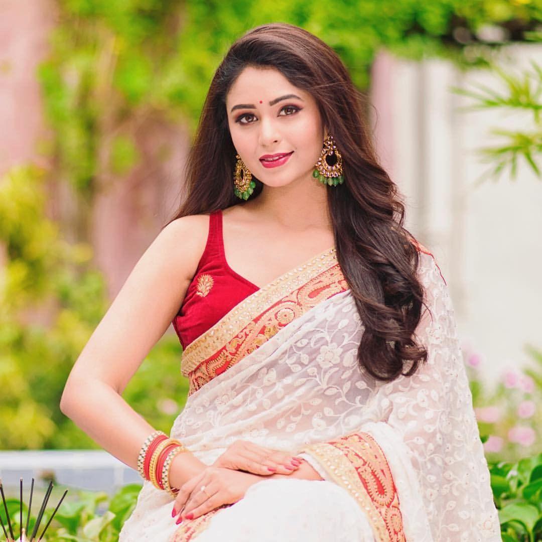 Tamil Saree Indian Sarees Beautiful Indian Actress Beautiful Asian Women Swag Dress