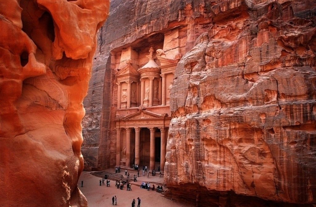 Petra Jordan Places To Visit Places To Travel Wonders Of The