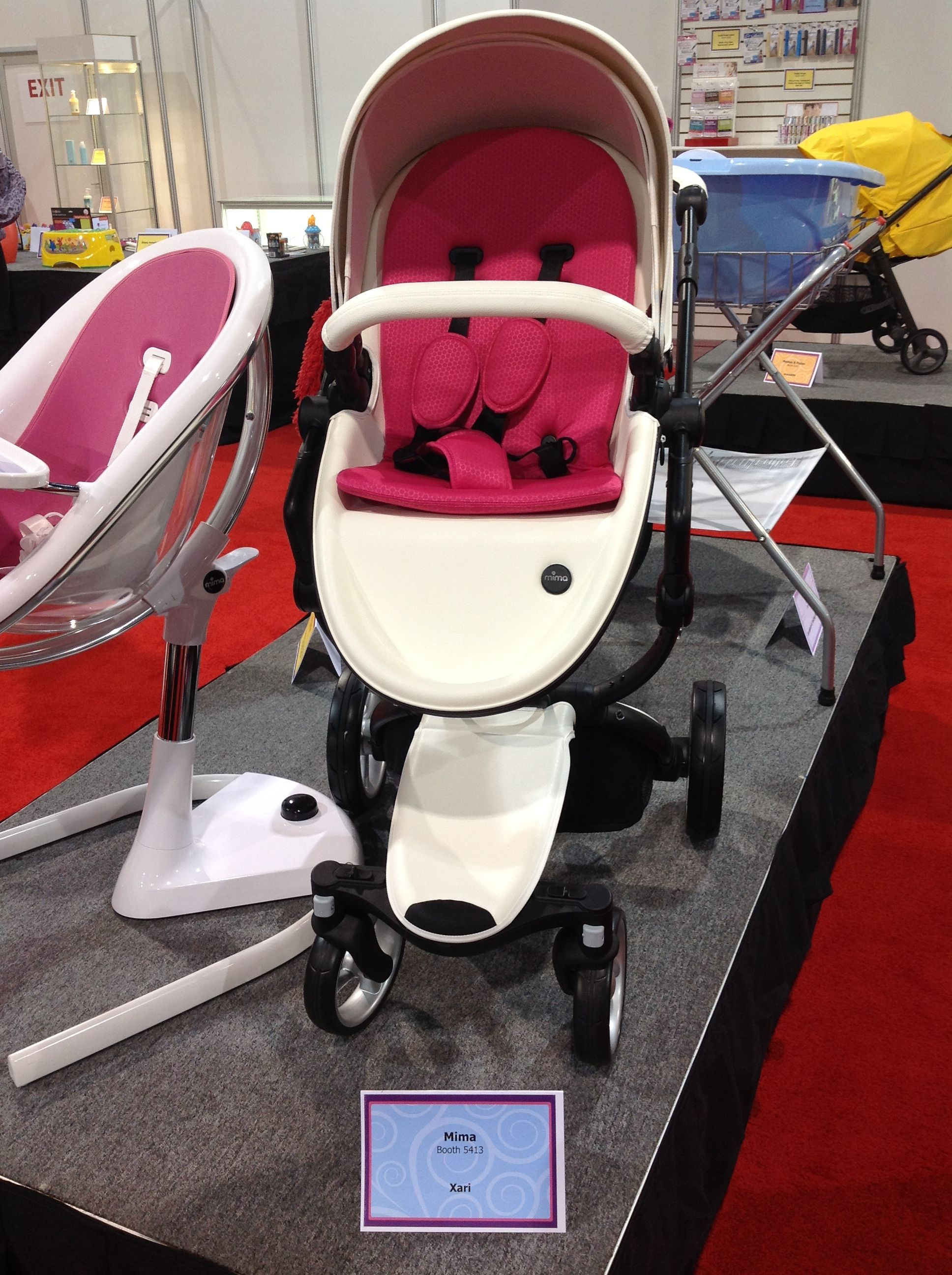 Mima Xari Snow White With A Contrasting Pink Seat Pad Pads Baby Queen