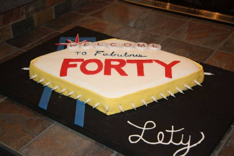 40th Birthday Cake Las Vegas Sign