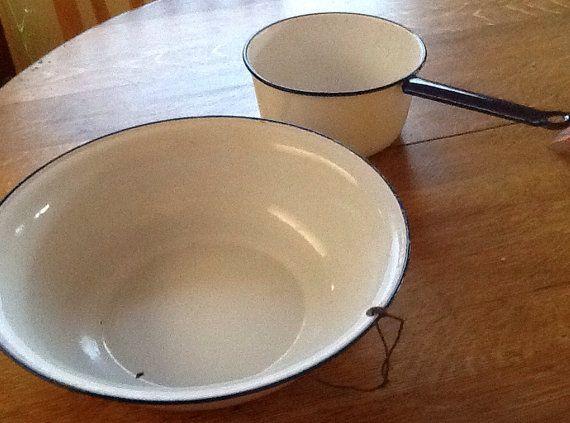 Large Vintage Enamelware Wash Basin and Dipper