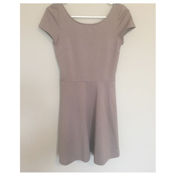 """Taupe Cutout Dress AEO - Taupe Casual Dress - Criss Cross Back Cutout - Side Zipper - Thick Material - 32"""" Length  24"""" Waist  30"""" Bust - Polyester/Rayon/Spandex - Size Tag Missing American Eagle Outfitters Dresses"""