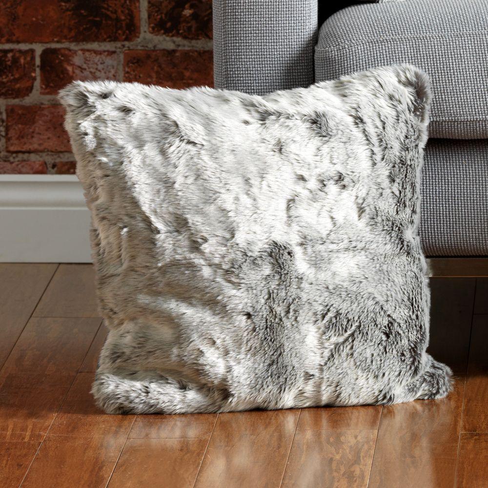 Faux fur cushion beanbagbazaar christmas giftguide