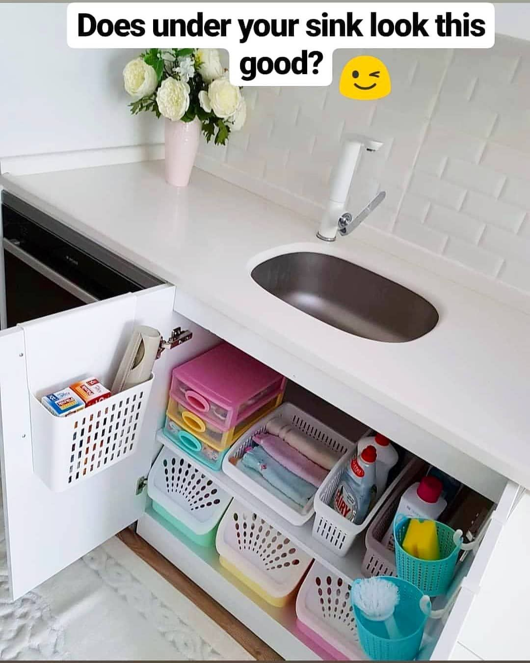 """Messy Sink: Decluttering/organising On Instagram: """"Does Under Your"""