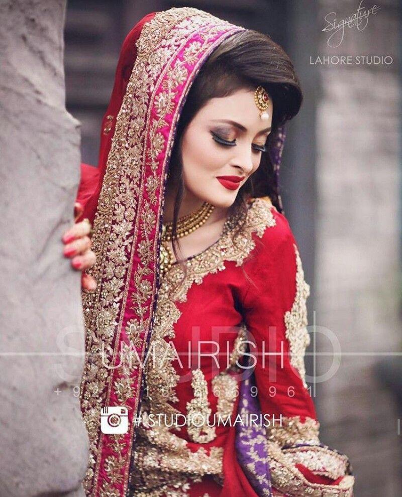 Pin By Sarika Singh On Fine Art And Umarish Weddings Photography Beautiful Pakistani Dresses Pakistani Bridal Dresses Pakistani Wedding Dresses [ 990 x 800 Pixel ]