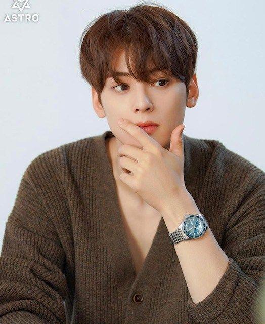 Top 25 Most Popular and Handsome Male Korean Actors