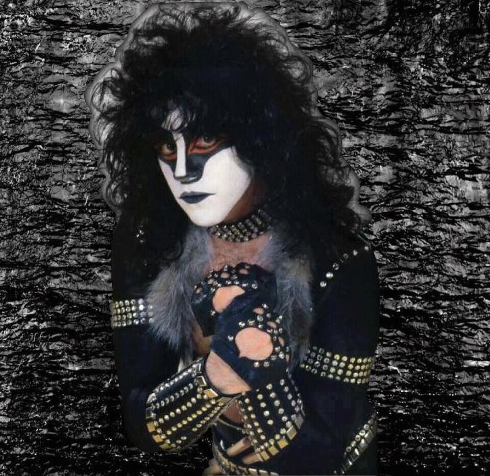 Kiss Band Members With Makeup: A Tribute To Eric Carr - (The Fox
