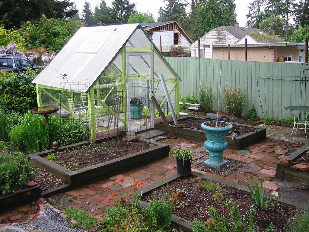 Seattle Garden Vertical Garden Garden Greenhouse 400 x 300