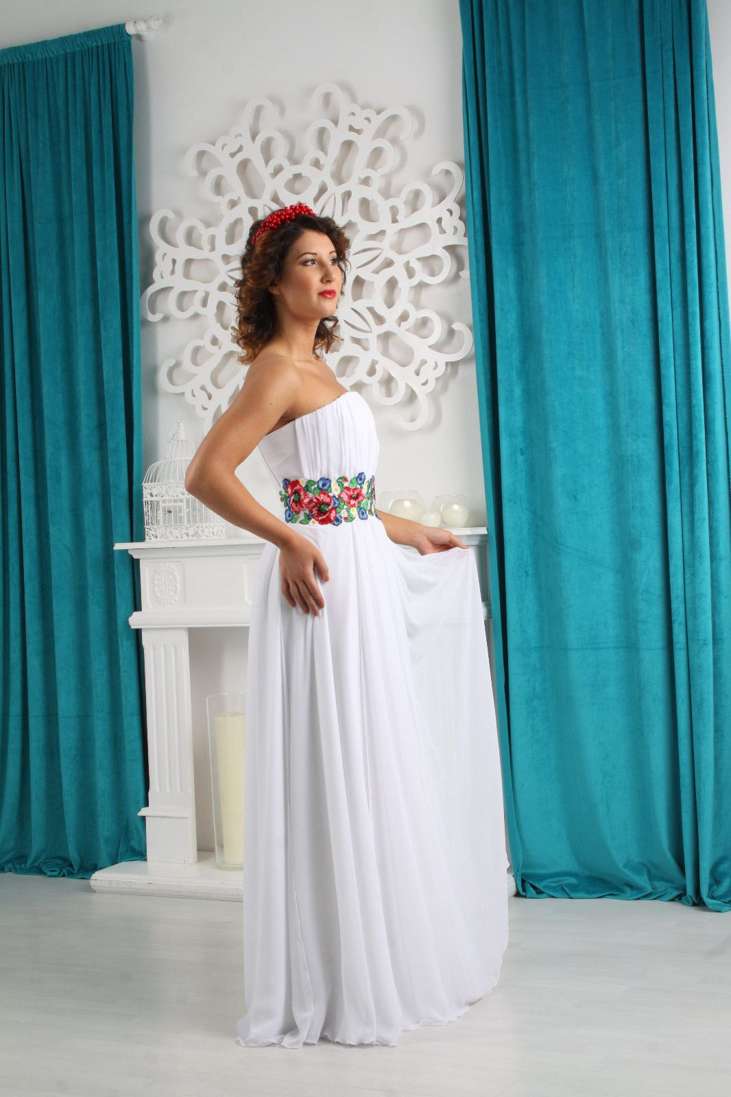 Awesome awesome sale new white greek ukrainian style wedding dress