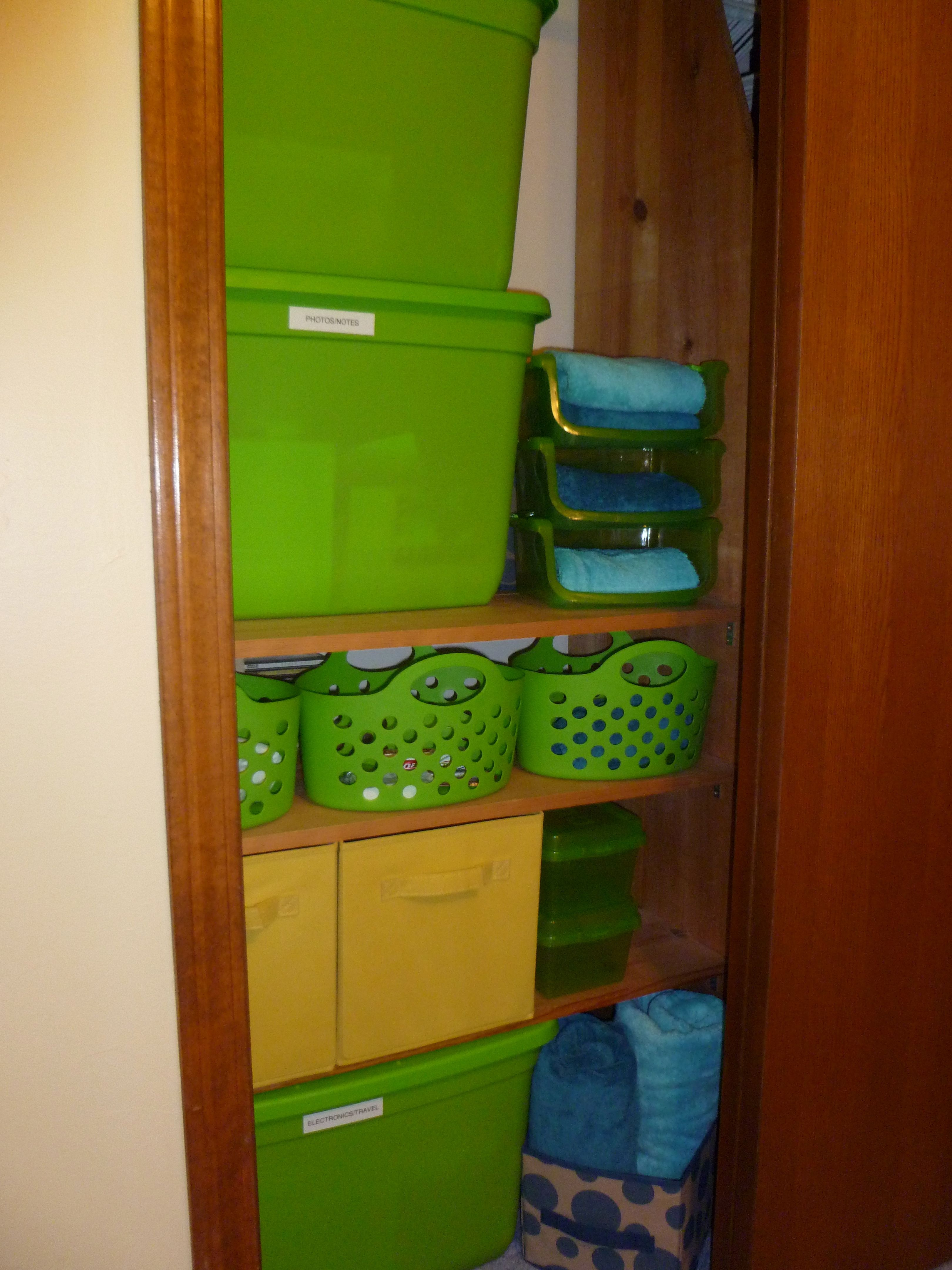 Large Totes From Lowe S Smaller Bins From Dollar Tree Dorm Room