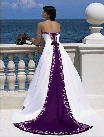 Robe de mariée blanche et violette