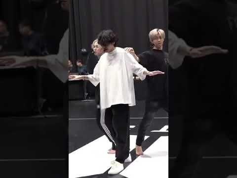 [방탄소년단 뷔] 아름다운 #TAEHYUNG 's Official Instagram #뷔 #방탄소년단뷔 #BTSV - YouTube