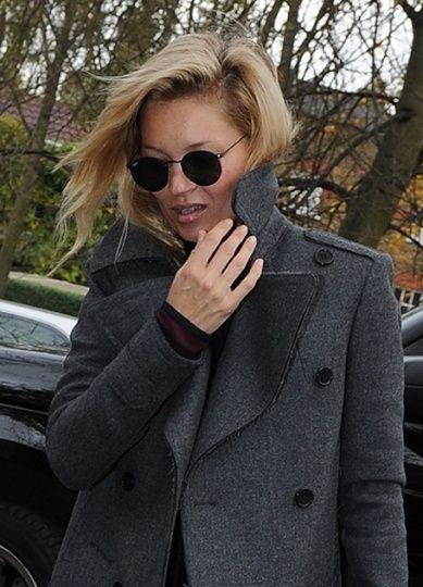 6e36b394913353 Kate Moss en Ray-Ban   . Specs .   Kate moss, Ray bans, Sunglasses