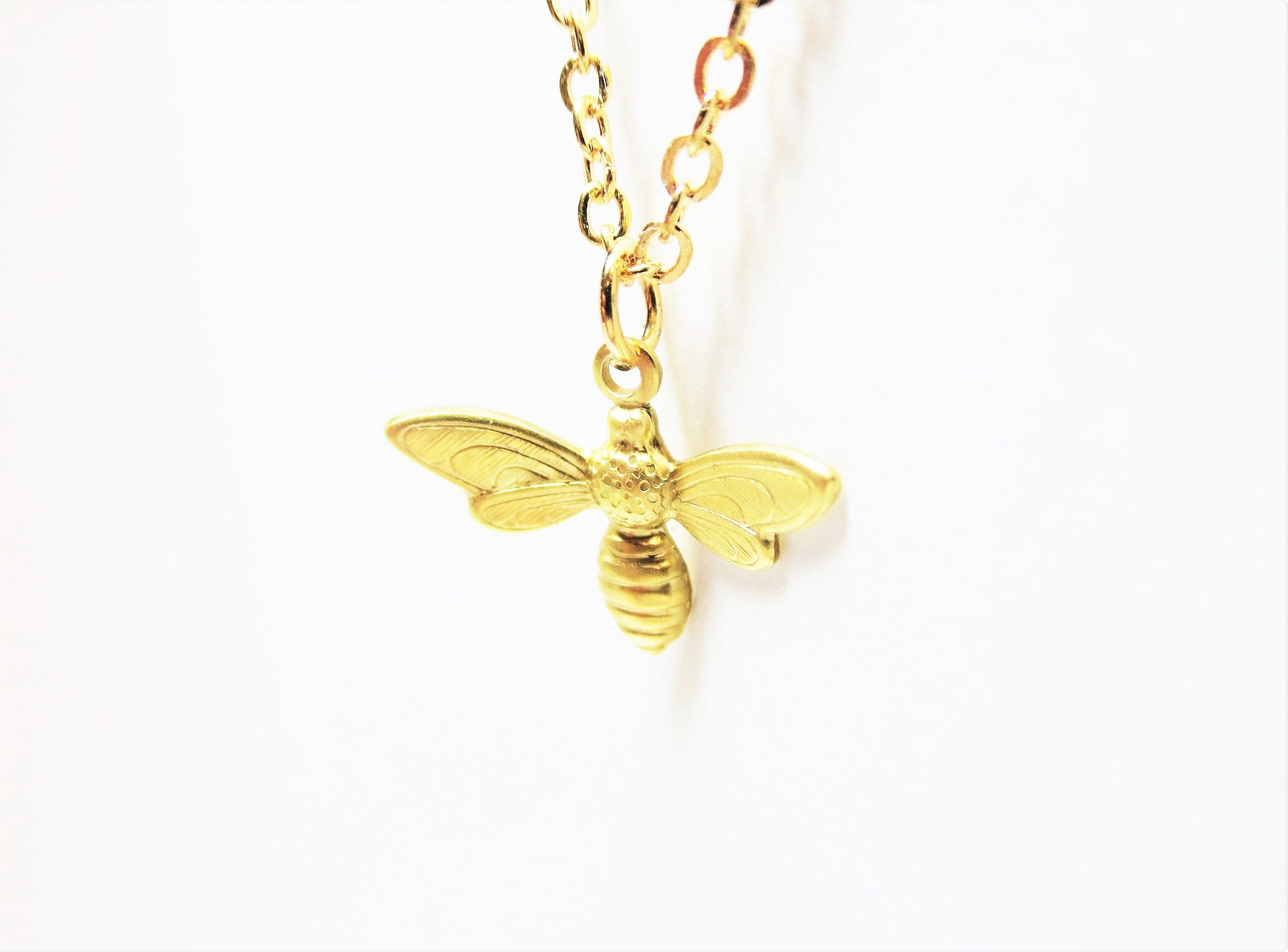 honeycomb necklace with bee with agates