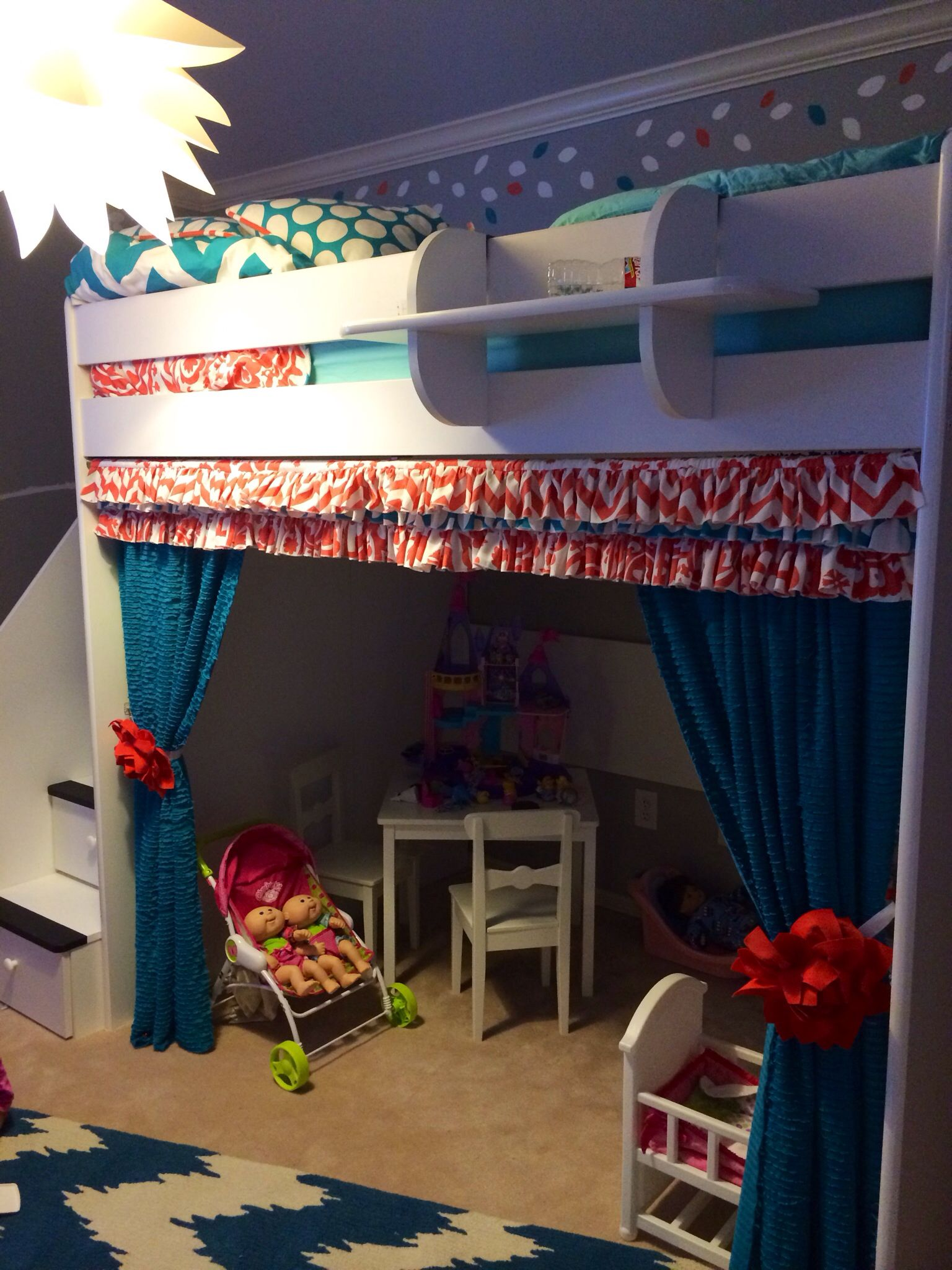 Best Little Girl Room Complete With Loft Bed And Play House 640 x 480