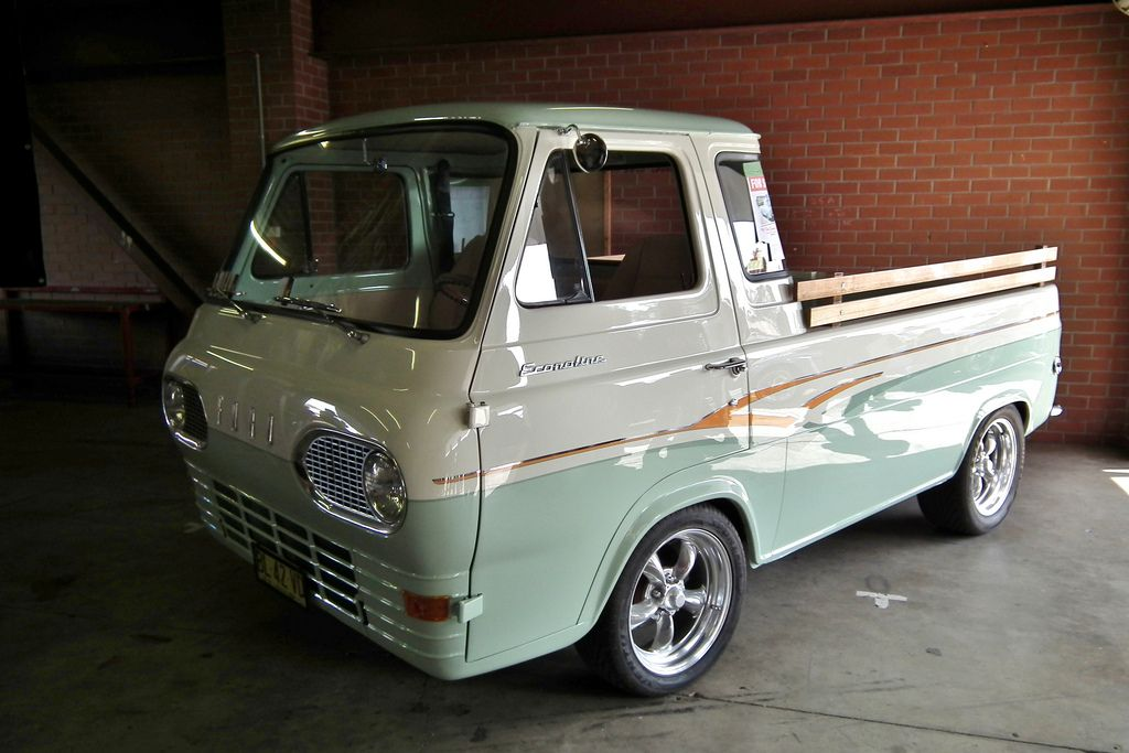 1961 Ford Econoline Pick Up Vintage Trucks Ford Classic Cars
