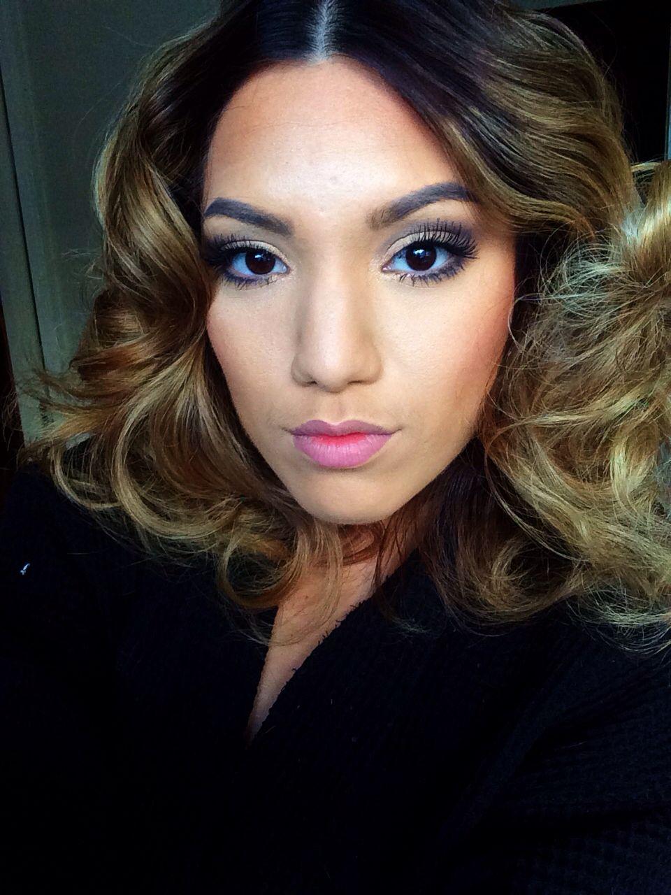 Soft makeup. Big hair natural blonde brown ombré sombre