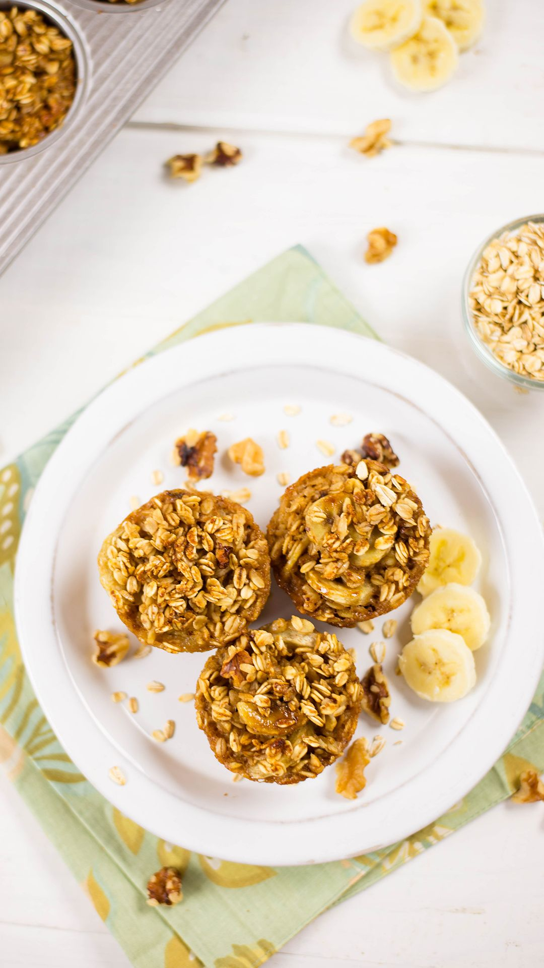 Banana Walnut Baked Oatmeal Cups