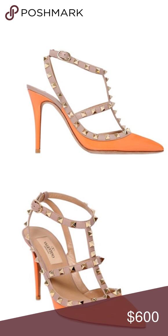 b3043a0bcf9 BNIB Valentino Rockstud Heels Orange and beige calf leather  Rockstud   pumps from Valentino Garavani