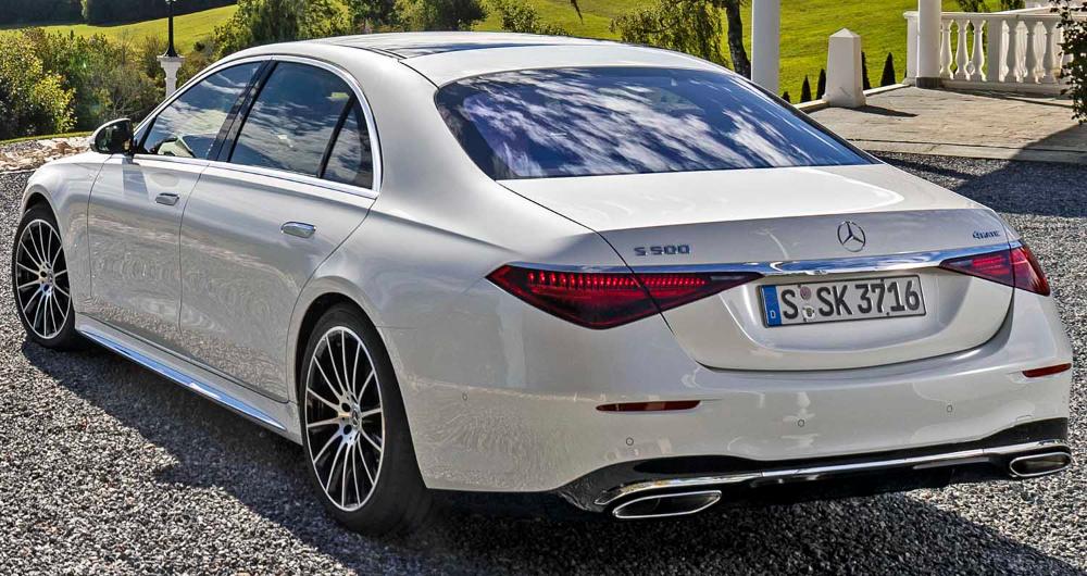 مرسيدس بنز أس كلاس 2021 الجديدة بالكامل أيقونة سيارات السيدان الرائدة والفاخرة في العالم موقع ويلز In 2021 Benz S Class Benz Benz S