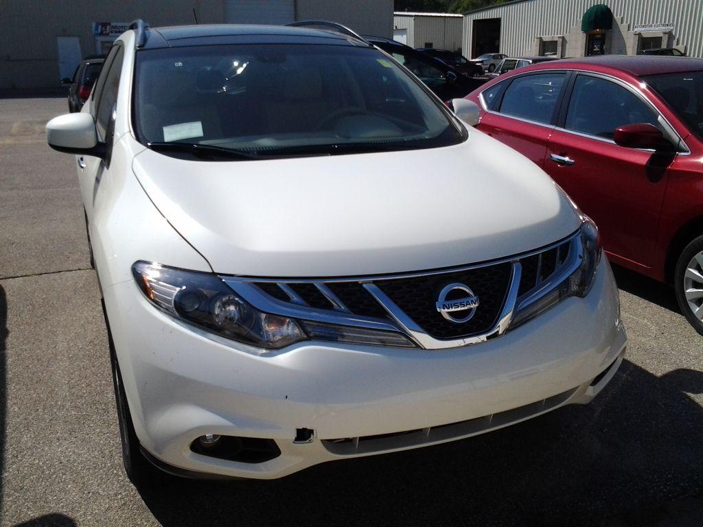 2013 Nissan Murano in Pearl White at Cedar Rapids Nissan