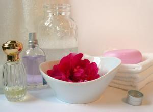 Como Preparar Un Bano Relajante En Casa Perfumes Caseros