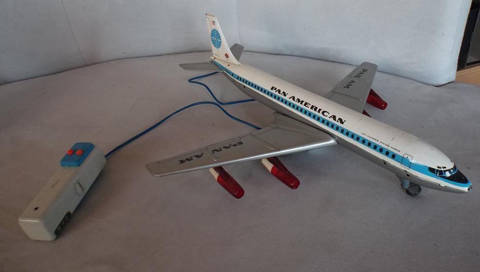 GAMA 1100 Blechflugzeug Boeing PanAm mit Fernsteuerung
