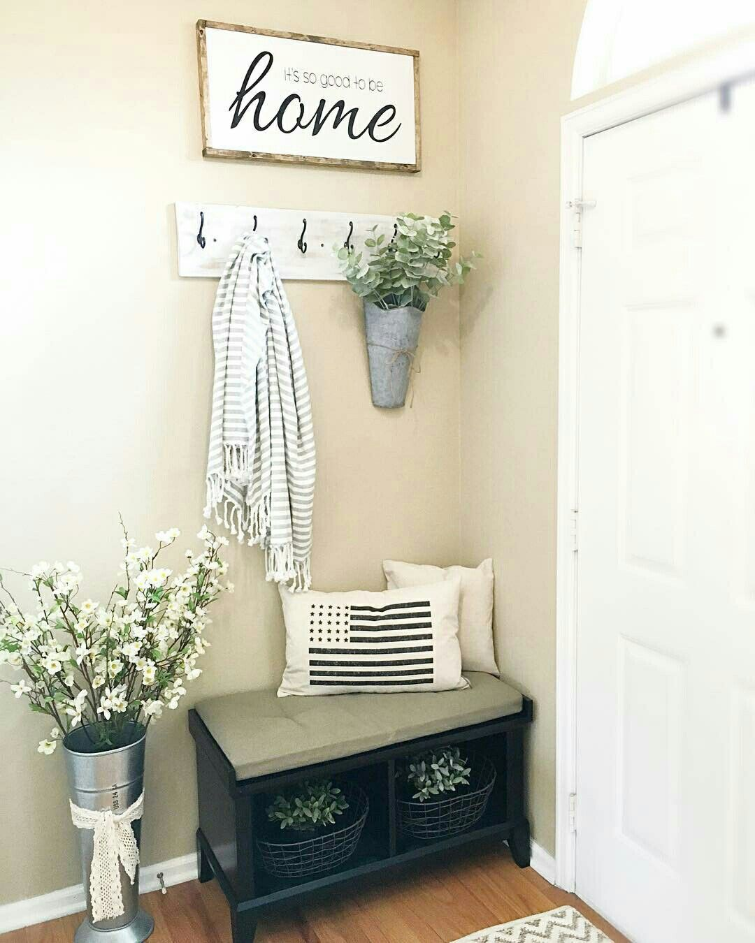Entrance Room Ideas Corner Nook Home Decor Rustic Farmhouse Entryway