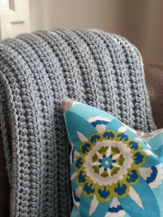 Modern Grace Design: Chunky Ribbed Crochet Blanket :: Free Pattern ...