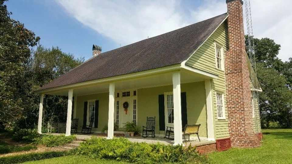 1856 - Silver Creek, MS (National Register) - $285,000 - Old House Dreams