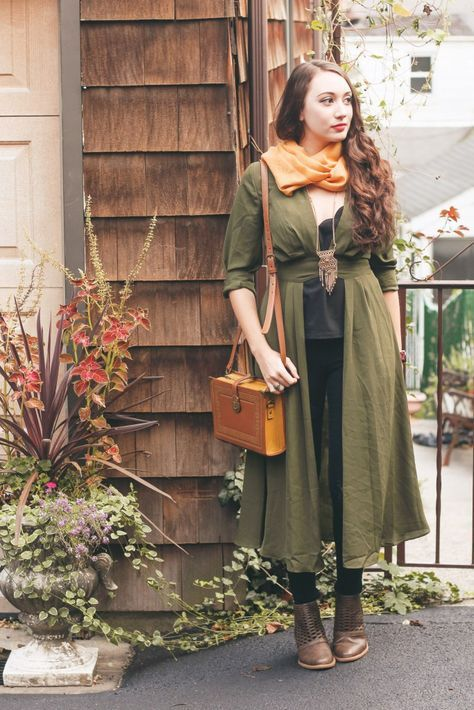 gorgeous earthy shot! | Earthy outfits, Colourful outfits ...