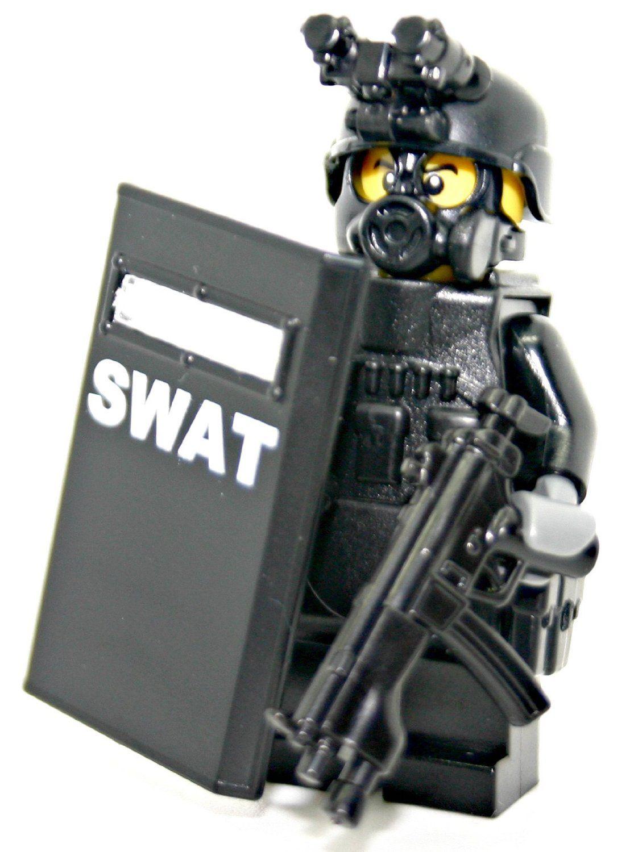 SWAT Police Officer Pointman Modern Brick