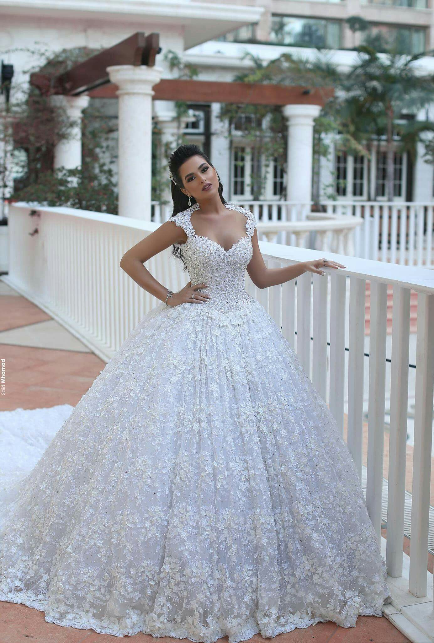 Pin by Delia Gonsalves on Dresses to Dream Ball gown