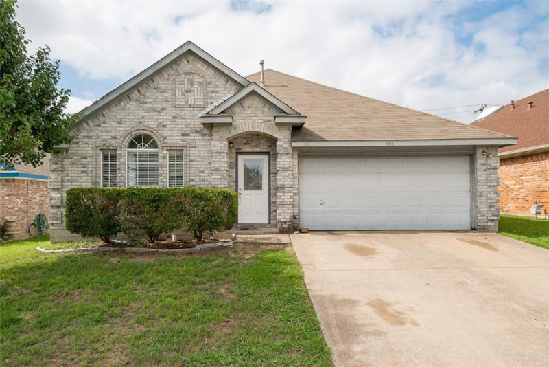 906 Blossomwood Ct Arlington Tx 76017 Outdoor Structures New