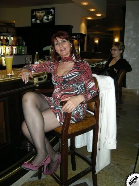 paris milfs dating site If you are in search of milf dating opportunities than you should definitely join our milf dating site for a chance to meet local single women.