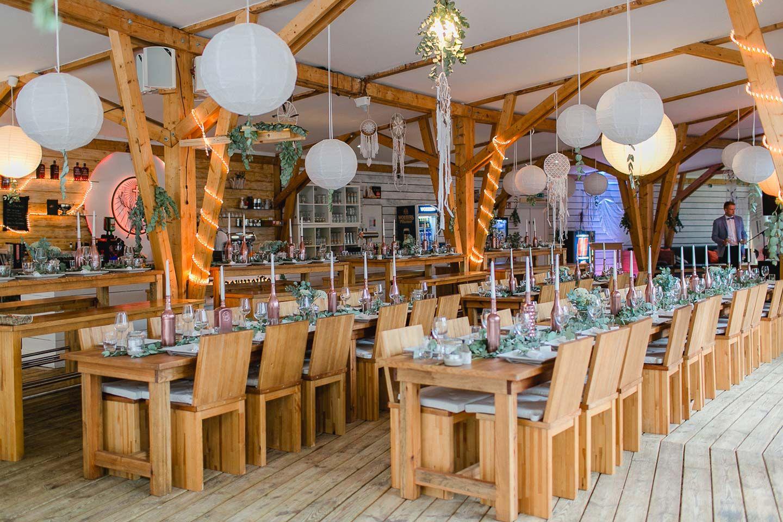 Diana Frohmuller Hochzeit Tischdekorartion Stadt Strande Hochzeit