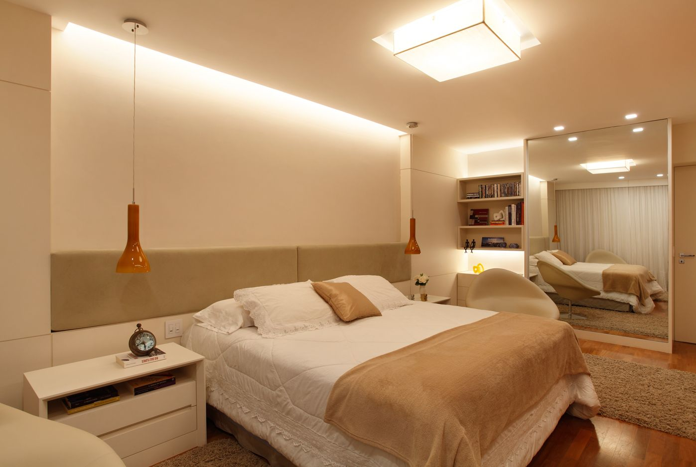 Detalhe de rebaixo em gesso na lumin ria do quarto paula for Modelo de tapiceria para dormitorio adulto