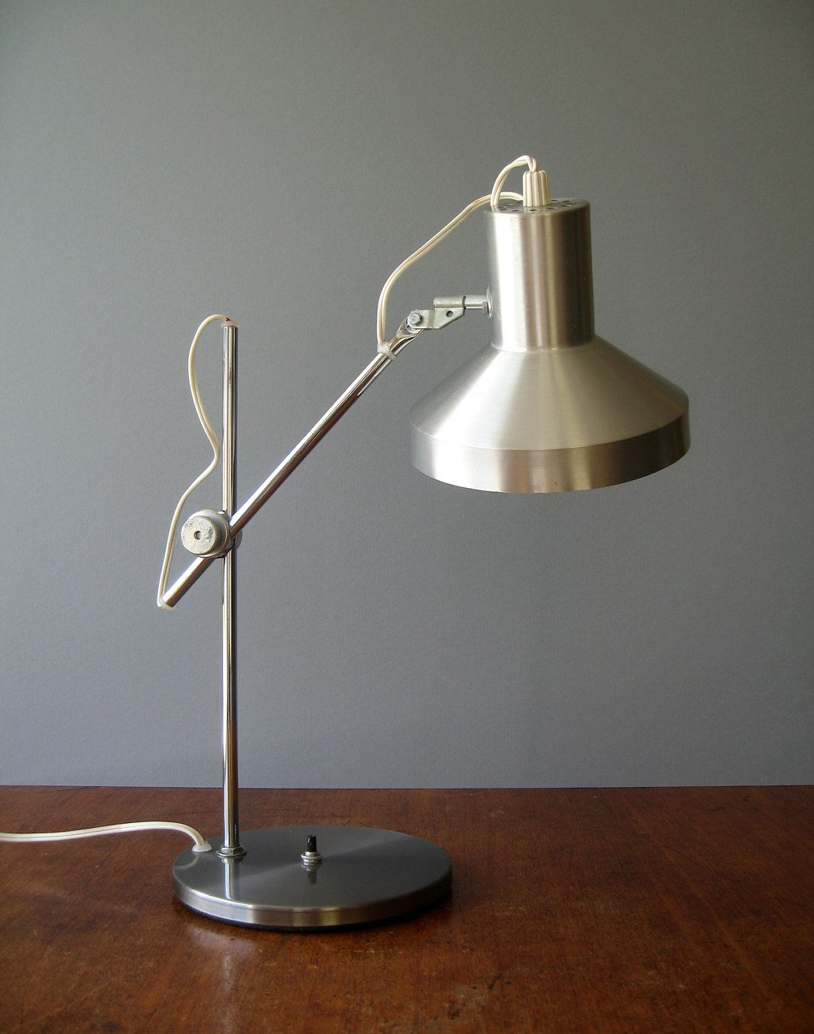 Mid Century Desk Lamp Danish Modern Industrial 54 00 Via Etsy I Wonder If It Snap Crackles And Pops Lamp Desk Lamp Mid Century Desk