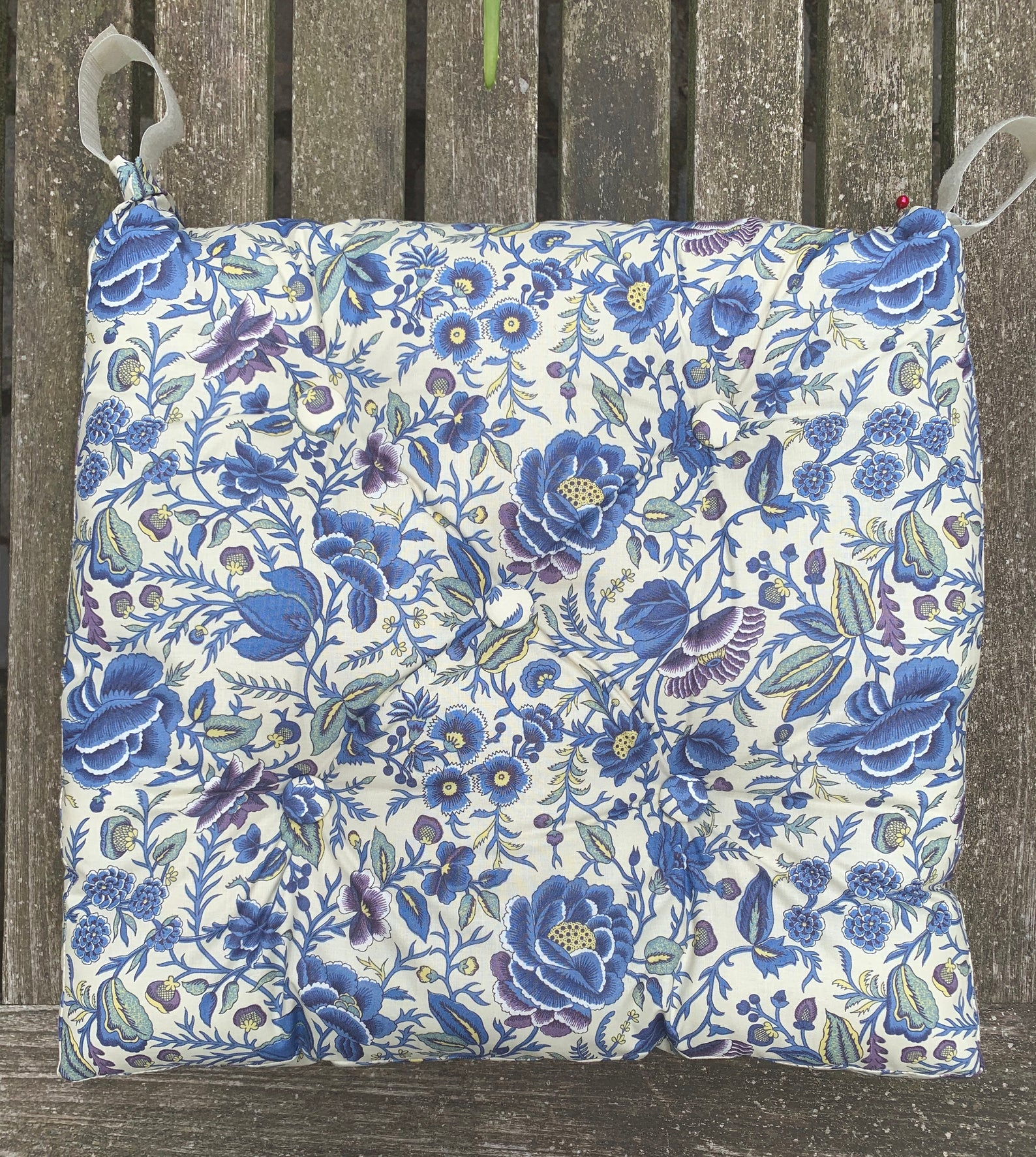 Blue Floral Chair Pad Tufted Cushion Seat Padded Buttoned Etsy Tufted Cushion Chair Pads Floral Chair