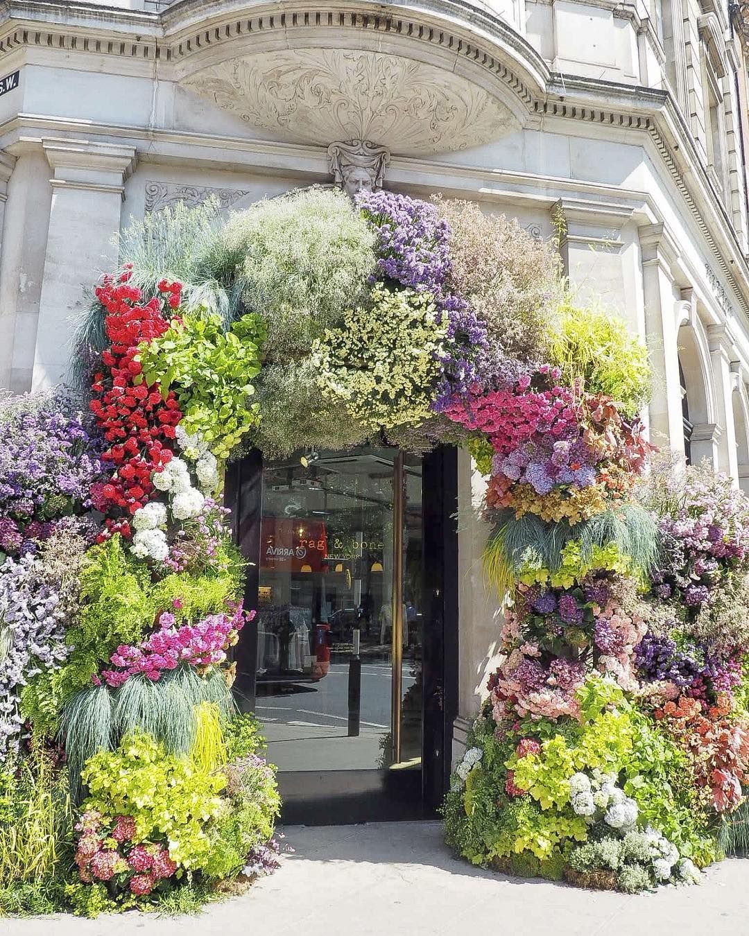 Citychic4ever On Instagram Another London Tip Belgravia In