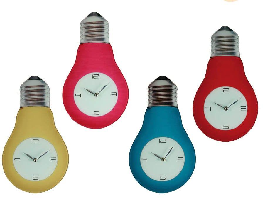 Reloj de Pared de cristal Bombilla  El Reloj de Pared de Cristal con forma de Bombilla es sin duda un reloj de pared super original. Si quieres distinguir algún espacio de tu casa, aprovecha esta oportunidad y hazte con uno de ellos por 15,39 €