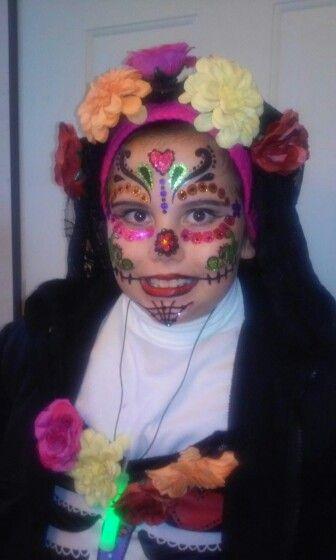 Dia de los Muertos Halloween face #trickortreating in the rain :(