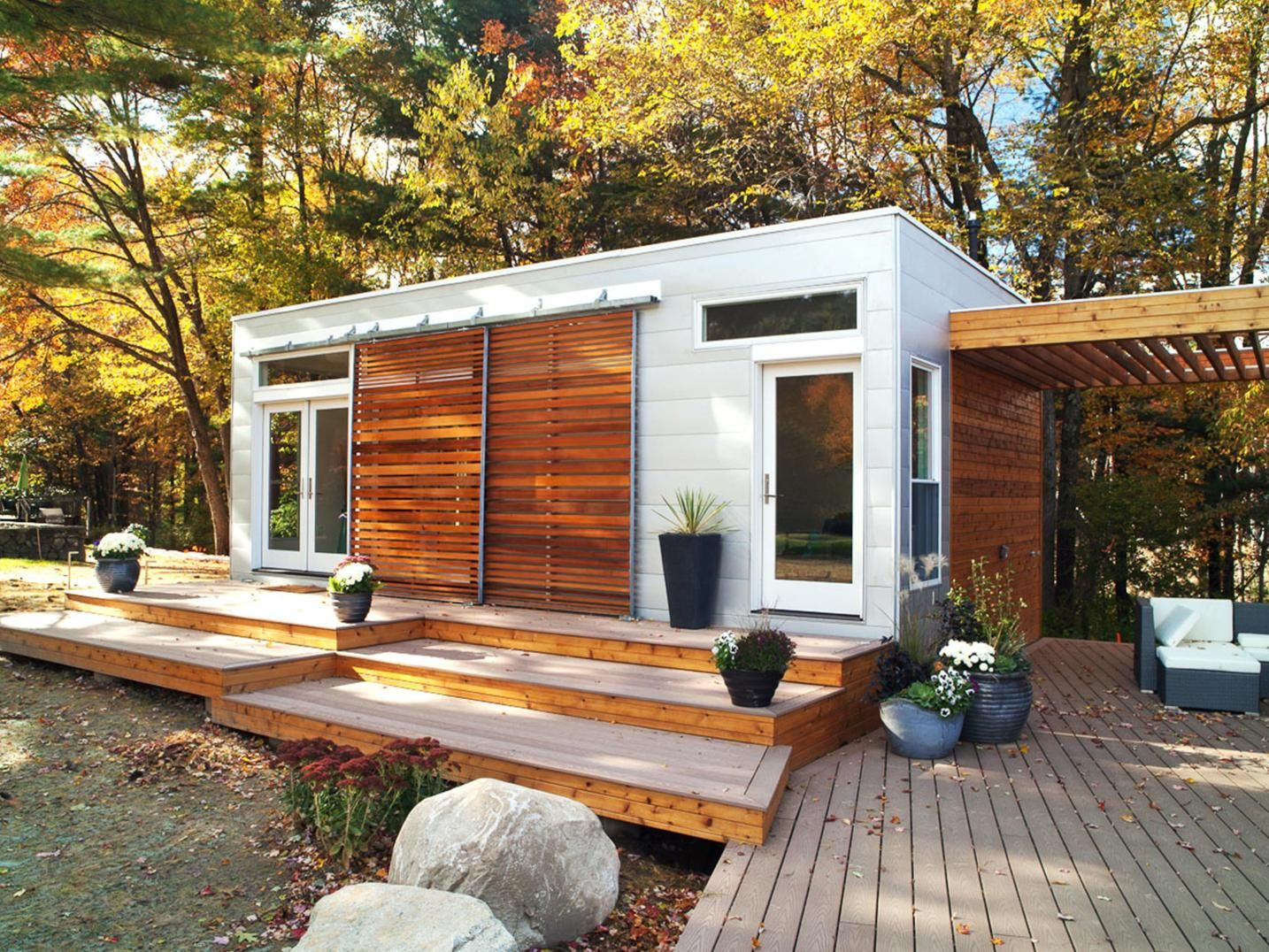 Blu Homes Pod With Images Prefab Guest House Pod House Tiny