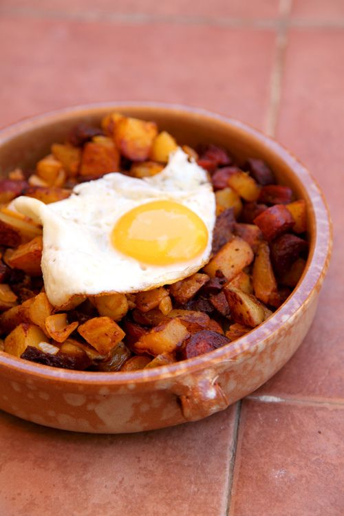Spanish Fried Eggs with Chorizo and Potato Hash | DonalSkehan.com