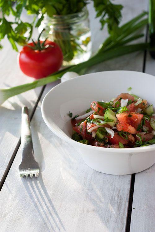 Salade De Tomates Facon Ian Ian Salade Tomate Salade Et Tomates