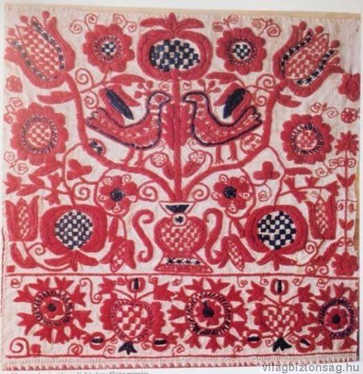 599ecb71e Nyugat-Dunántúli madárkás lepedővég mintája Hímzés Tervek, Textil  Alkotások, Folk Art, Magyarország