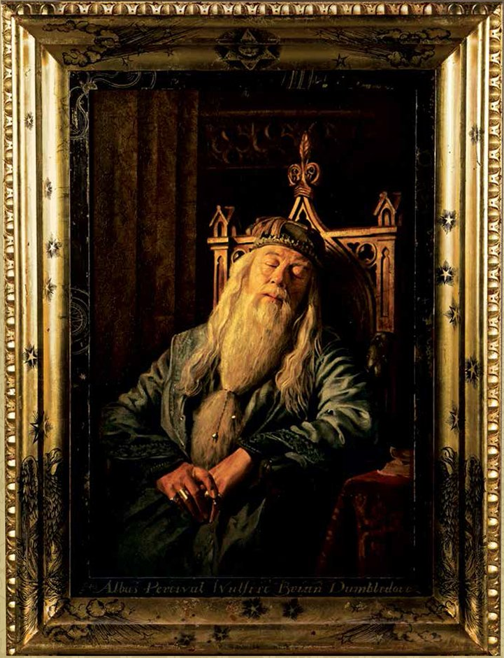 The Portrait of Albus Percival Wulfric Brian Dumbledore, hanging in Hogwarts school - Harry Potter Wiki Mais