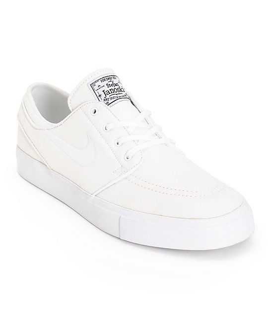 Get a clean look with an all white canvas upper on a vulcanized outsole for  improved board feel and a white Nike SB herringbone tread pattern for great  ... d1d20de439