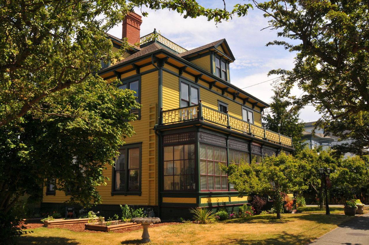 Ashcroft House Victoria Bed and Breakfast Bed and