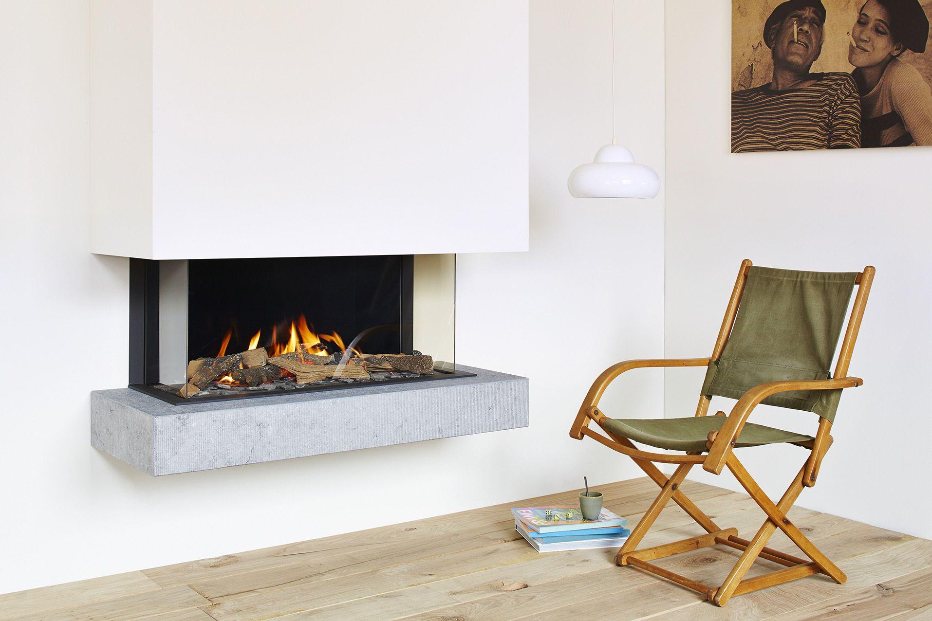 po le et foyer au bois ou au gaz encastrable lectrique. Black Bedroom Furniture Sets. Home Design Ideas